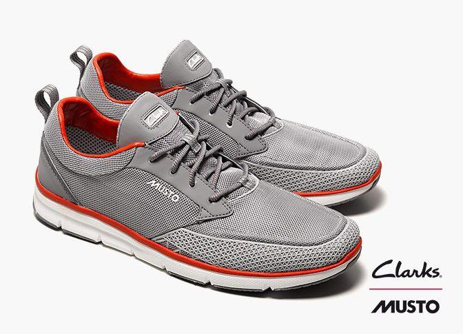 Innovative Sportschuhe, ausgestattet mit der Clarks Rock-Technologie, Clarks Orson Lite, 120,00 Euro: http://www.clarks.de/p/26107160