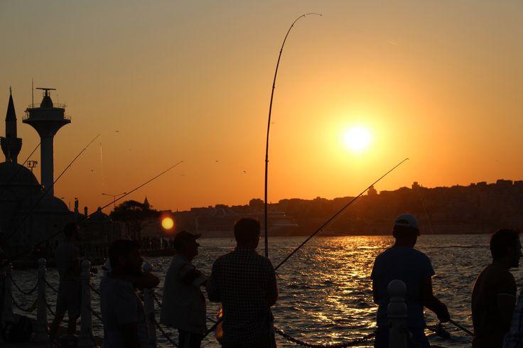 Sunset fishermen.. by Oğuzhan Karaçakır - Photo 121320113 - 500px