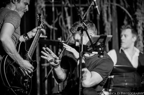 mfluder42:  Jensen Ackles and Rob Benedict (with the rest of the fabulous Louden Swain) on stage during the Louden Swain Saturday Night Special at the Creation Entertainment Supernatural Convention in Las Vegas, March 2015.