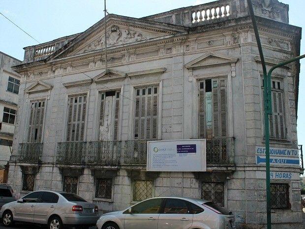 Antiga residência do governador Silvério Nery entra nos desafios de preservar patrimônio privado (Foto: Girlene Medeiros/G1 AM)