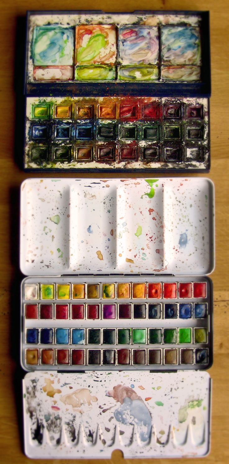 A few days ago, people have asked us what brand of watercolor we use. On the top: Olivier's watercolor box Winsor & Newton Cotman Watercolor, Set of 24 Half Pans You can find those watercolors almost everywhere in the world. The Pocket Box Set (12...