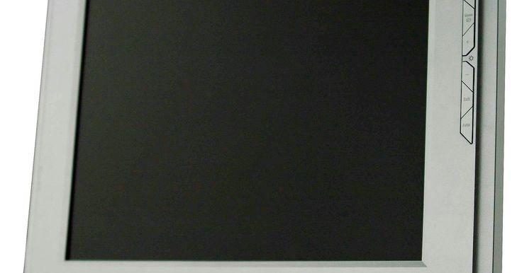¿Por qué mi pantalla parpadea?. Al sentarte frente a tu computadora para trabajar o jugar, puede ser molesto si la pantalla de tu monitor empieza a parpadear. Incluso puede hacer que tus ojos se cansen prematuramente, causar dolores de cabeza o simplemente retrasar el trabajo. Llegar al fondo de este problema es probablemente una alta prioridad si utilizas tu equipo con ...