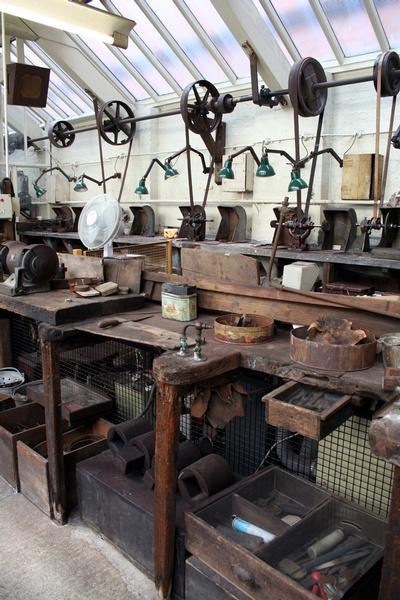 Vintage machinery in Museum of Jewellery Quarter - Betsa Marsh