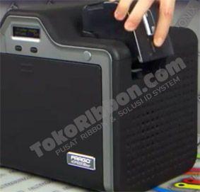 Panduan dan cara meletakkan dan memasang kartu pvc plastik di printer Fargo HDP5000