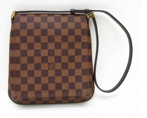 536d52a4ff42 Louis Vuitton men s sling bag