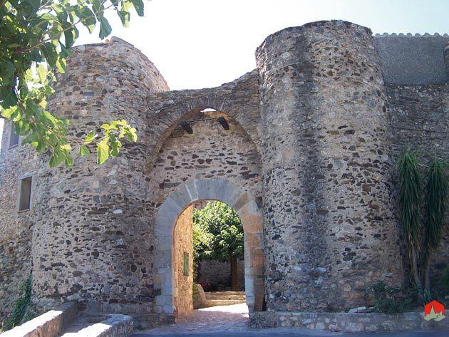 Castelnou, un village médiéval