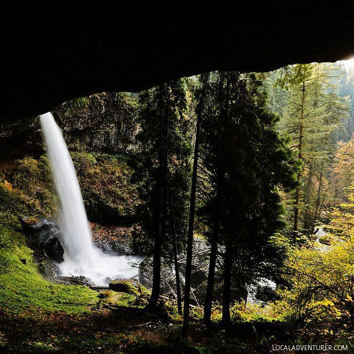 North Falls, Trail of Ten Falls Hike, Silver Falls State Park, Oregon USA // localadventurer.com