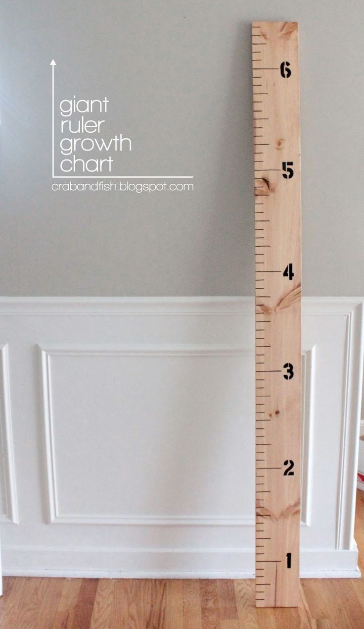 So easy! Got heights that I didn't have from pediatrician! giant ruler growth chart #DIY | crab+fish