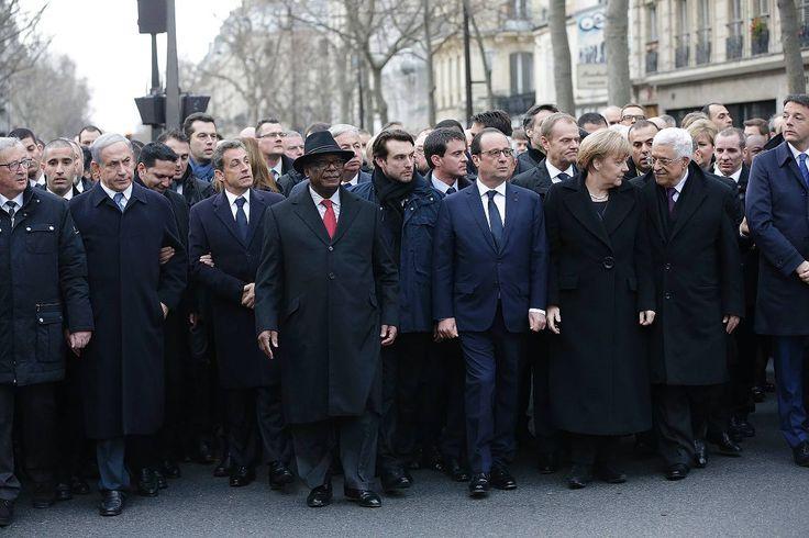 #JeSuisNico mogelt sich in die erste Reihe: Spott und Häme für Drängler Sarkozy nach Trauermarsch http://www.focus.de/politik/ausland/jesuisnico-draengelt-in-die-erste-reihe-spott-und-haeme-fuer-draengler-sarkozy-nach-trauermarsch_id_4400539.html   Trauermarsch in Paris: Eine Inszenierung, ein Drängler und fehlende Frauen http://www.stuttgarter-zeitung.de/inhalt.trauermarsch-in-paris-eine-inszenierung-ein-draengler-und-fehlende-frauen.eb88ea95-0070-4824-98a3-7300fb2996f0.html