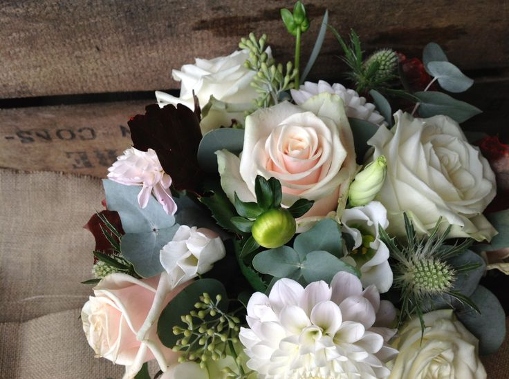 november wedding flowers - white, blush, green, dark dark red