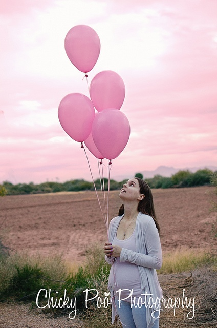 Gender Reveal by Chicky Poo Photography - Heather Link
