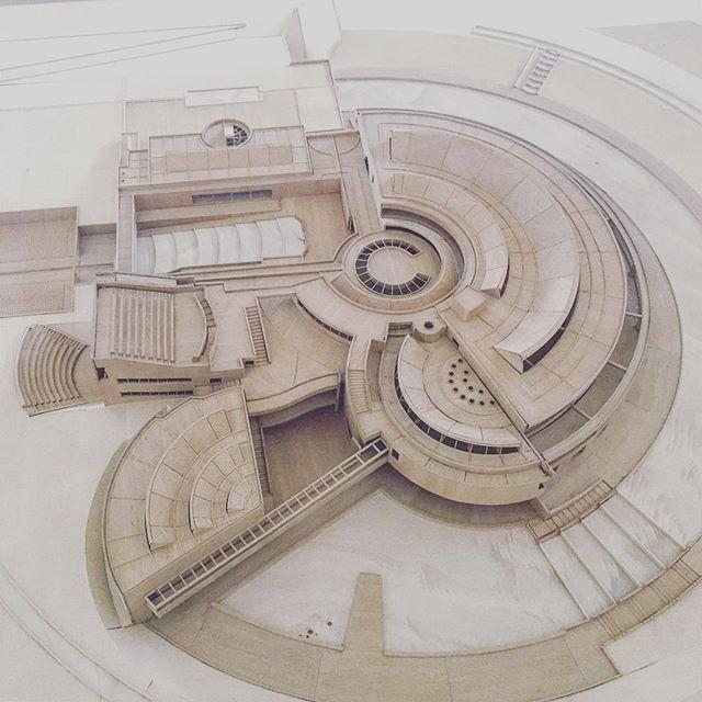 Biblioteca Virgilio Barco #Salmona : @juanfsala snapchat #nextarch #next_top_architects