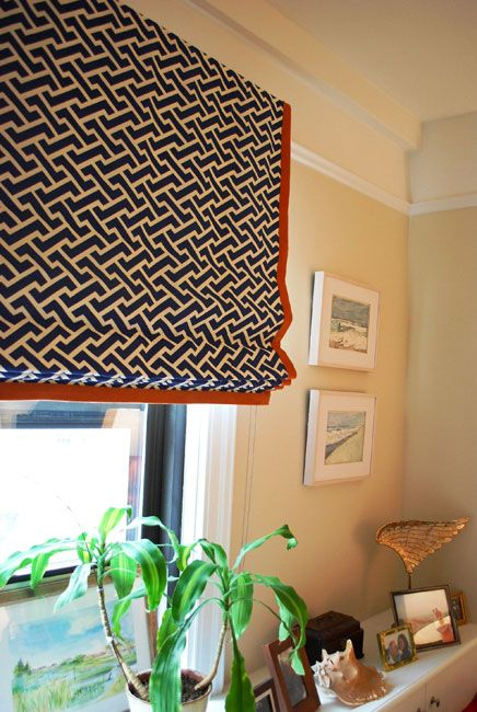 I think I need to add a border to my kitchen window treatment- prob orange too :)