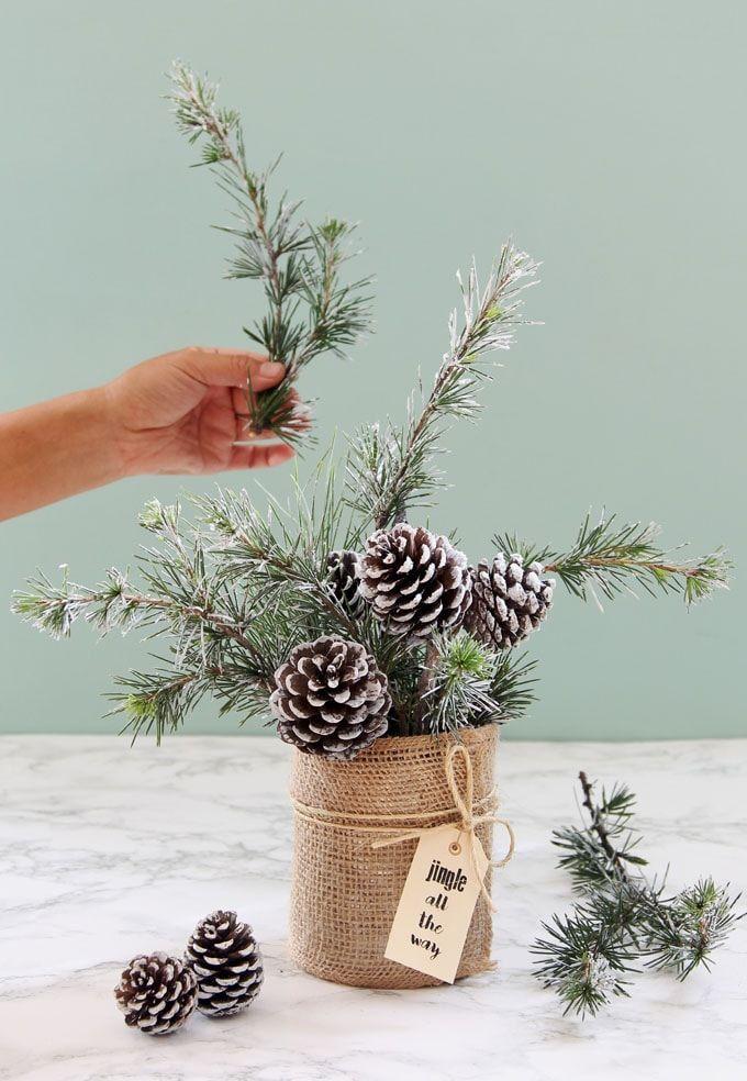 snowy tree winter christmas diy table decoration in 20 minutes rh pinterest com