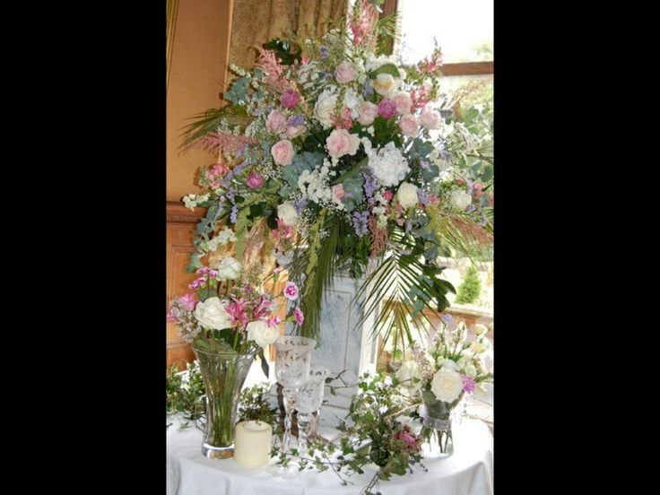 Flowers castle Leslie wedding