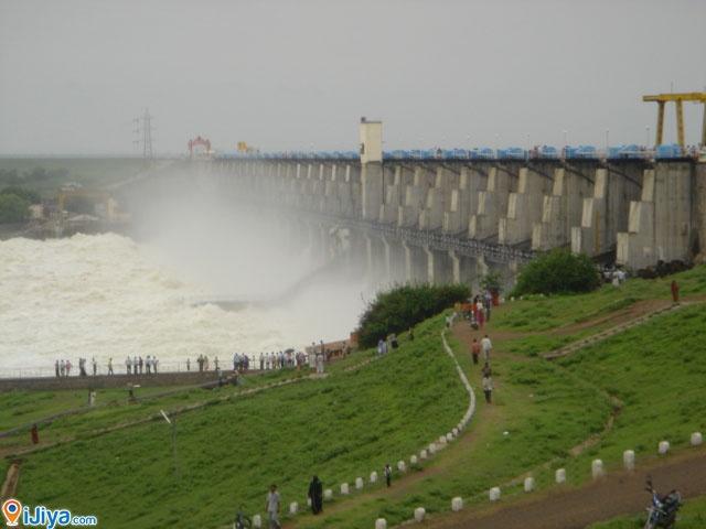 Jayakwadi Dam, Paithan dam , Maharashtra, India  @ http://ijiya.com/8236231