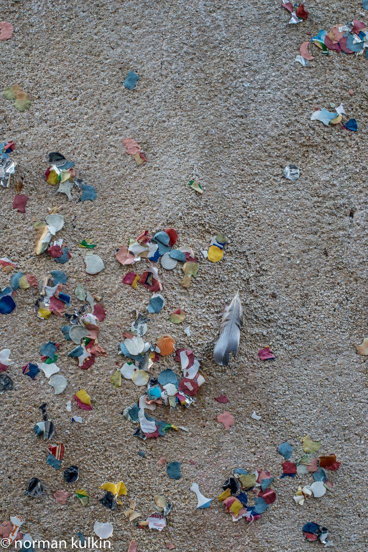 Paris - confetti & feather wall around, 2015