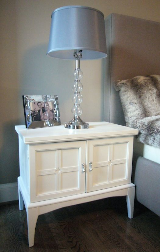 lamp love/diy chest small coffee table with cabinet on top.  Wow, what a great idea.