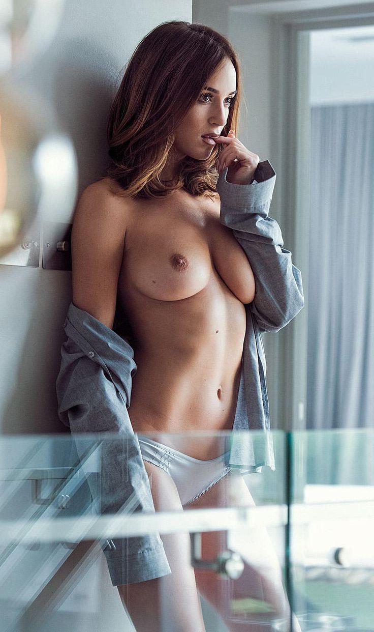 hump day naked girl