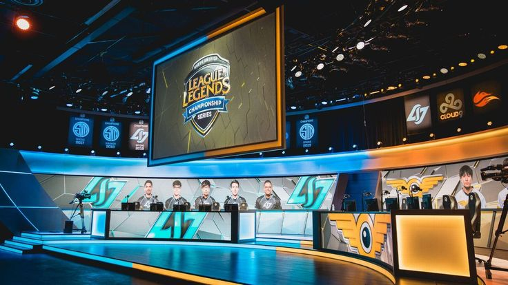 Warriors Cavs and Rockets officially enter League of Legends http://www.espn.com/esports/story/_/id/21475314/golden-state-warriors-cleveland-cavaliers-houston-rockets-officially-enter-league-legends-championship-series #games #LeagueOfLegends #esports #lol #riot #Worlds #gaming