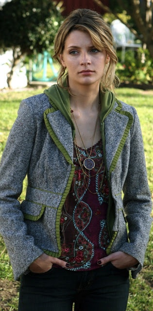At least Marissa Cooper knew how to dress.