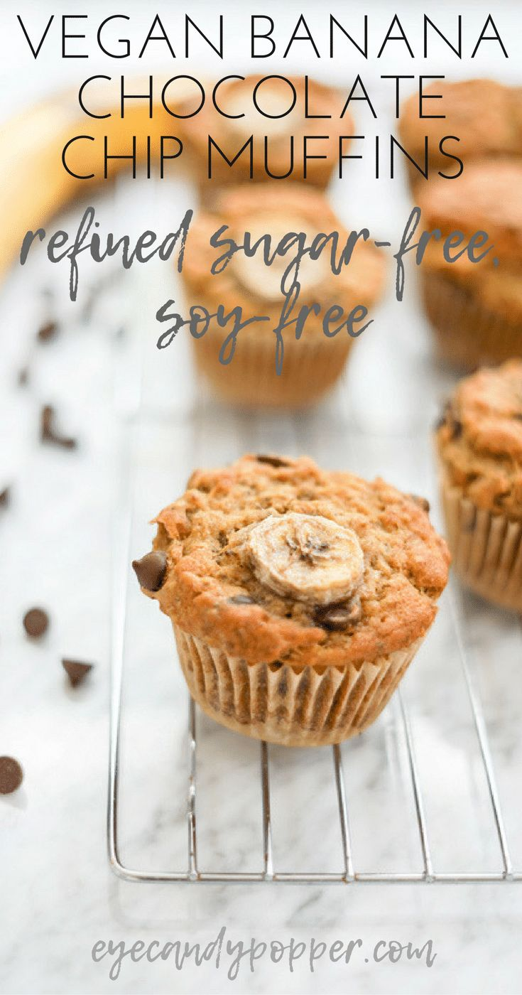Vegan Banana Chocolate Chip Muffins | Gluten-Free Option via @eyecandypopper