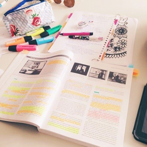 Afbeelding via We Heart It https://weheartit.com/entry/130407038/via/15584923 #book #education #notes #study #textbook