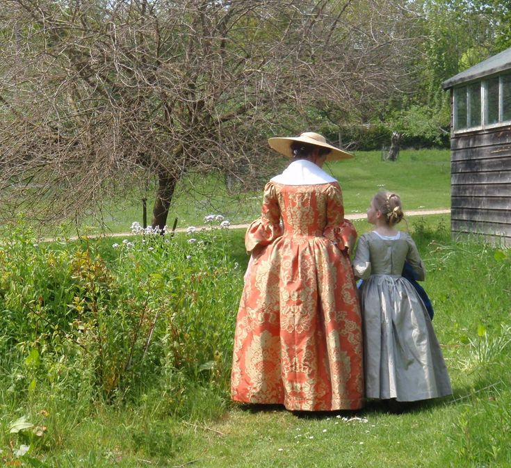 The most common mistakes in historical costuming/re-enactment and how to avoid them.