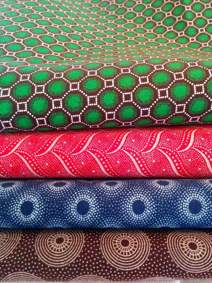 By now you know that I am a little obsessed with fabrics of the world, and African fabrics is no exception. One of my new discoveries on this trip to South Africa is Shweshwe cotton, it is divine!