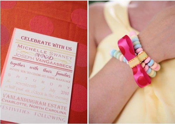 Bijoux bonbons    http://mariageoriginal.files.wordpress.com/2011/06/deco-mariage-bonbon.jpg