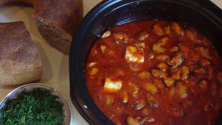Мидии саганаки (греческая кухня).