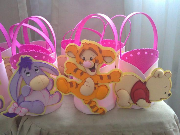 Detalles Isabel: Cotillon Winnie Pooh, Igor y Tigger