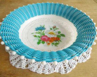 Retro Blue Floral Woven Plastic Bowl