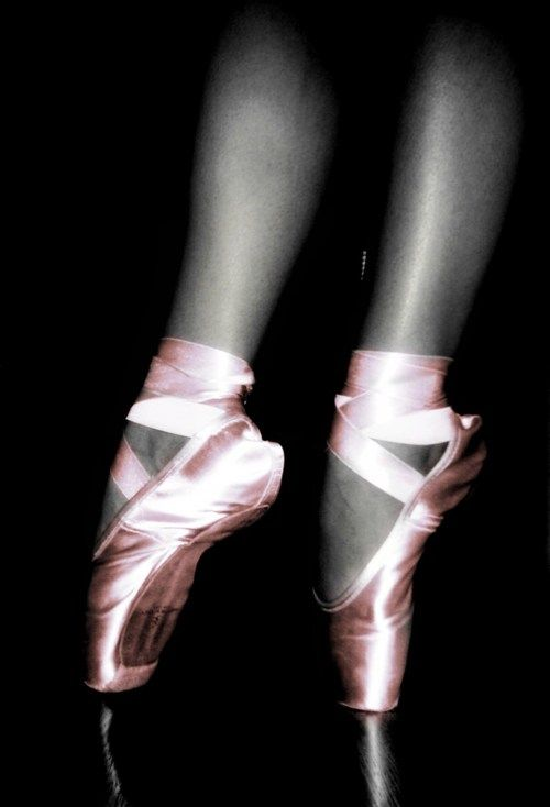 Ballet Pointe Shoes          - Dance Magic Dance!