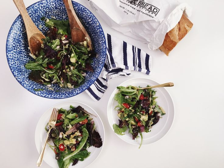 Gal Meets Glam GMG Now Quick and Easy Salad Recipe http://now.galmeetsglam.com/post/13556/2016/quick-easy-salad-recipe/