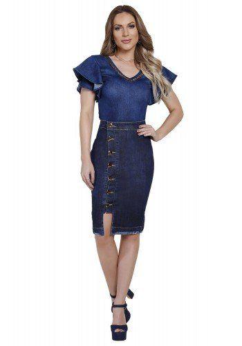 7d93e5cae modelo cabelo loiro veste saia lapis sequencia botoes fenda azul escuro  titanium frente longe