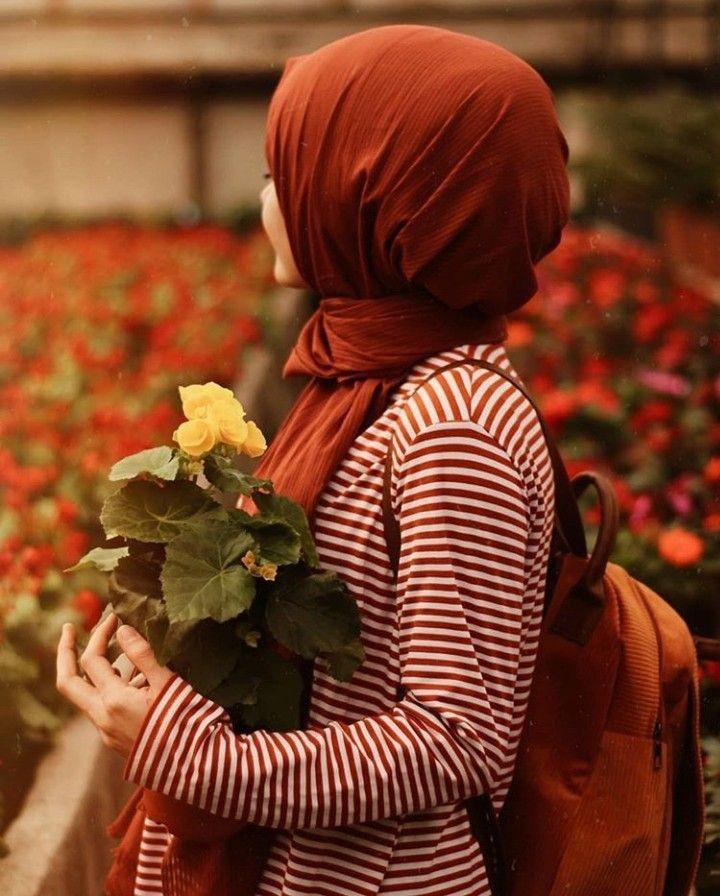 Pin By Sarah On Girls Hijab Islamic Girl Arab Girls Hijab Beautiful Hijab