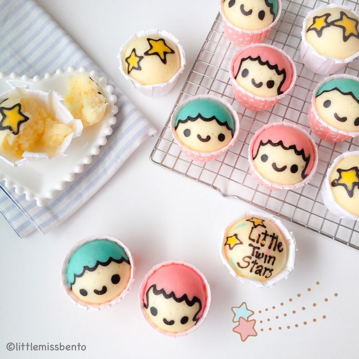 Little Twin Stars Steam Cake Recipe + tutorial. Good for Kids' Bento especially if they love kiki & lala