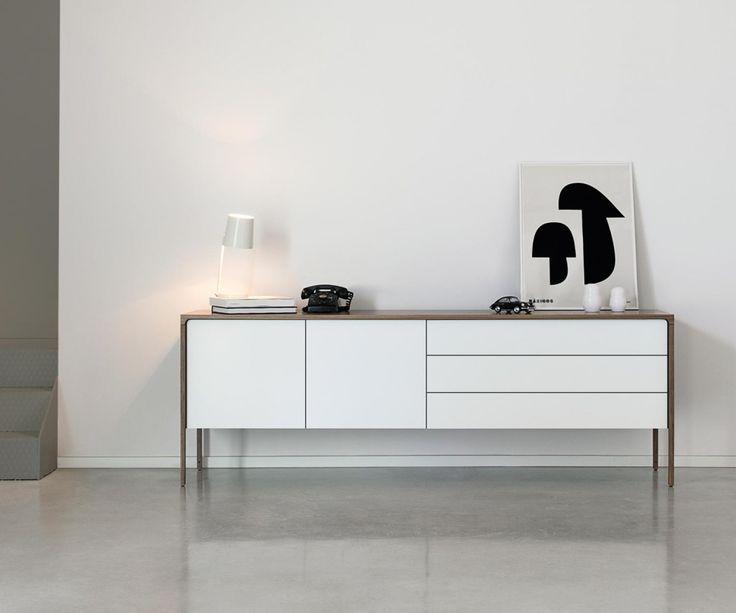 Das Schicke Sideboard Tactile Von Punt Passt In Jede Moderne Einrichtung Buffet