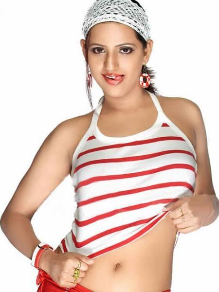 http://cdn4.supergoodmovies.com/FilesFour/preethi-varma-spicy-gallery-ddeab194.jpg