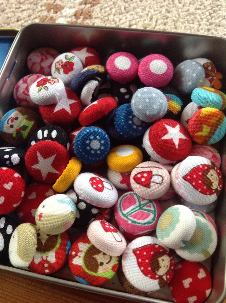 Little button ear rings