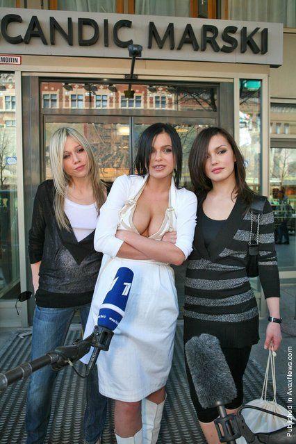 Russian Women Trio Here 2