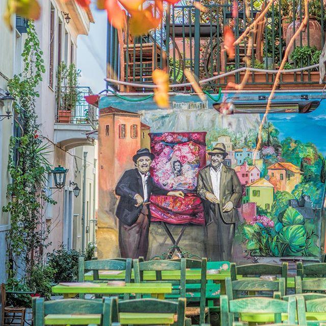 Like an old greek movie! Welcome to Anafiotika, an insular and picturesque neighbourhood below the Acropolis! #Athens#Greece #Anafiotika