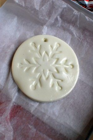 COLD PORCELAIN   2 C corn starch  2 C of Elmer's Glue  1 T of lemon juice  2 t baby oil  1 T of white acrylic paint  1 T cold cream