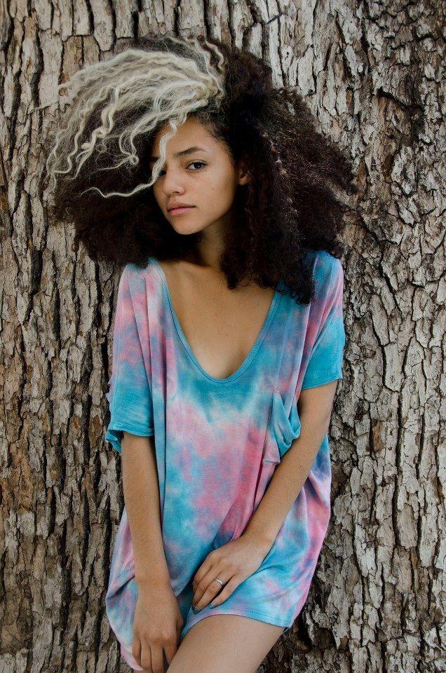 Coloration décoloration cheveux afro crépus naturels