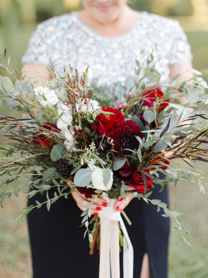 Romantic red bouquet: http://www.stylemepretty.com/vault/gallery/39057 | Photography: Rachel May - http://rachel-may.com/