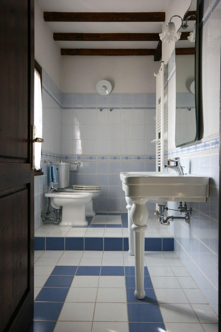 Výsledek obrázku pro inspirace koupelny retro