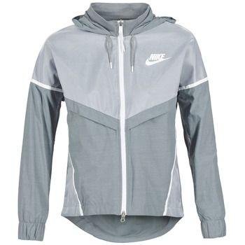 Deze Nike Tech Windrunner vind je nu ook in de uitverkoop via Aldoor. Super fijn tijdens het sporten maar ook leuk te dragen als vest. #nike #windrunner #ves #jas #windjack #sport #hardlopen #mode #sale