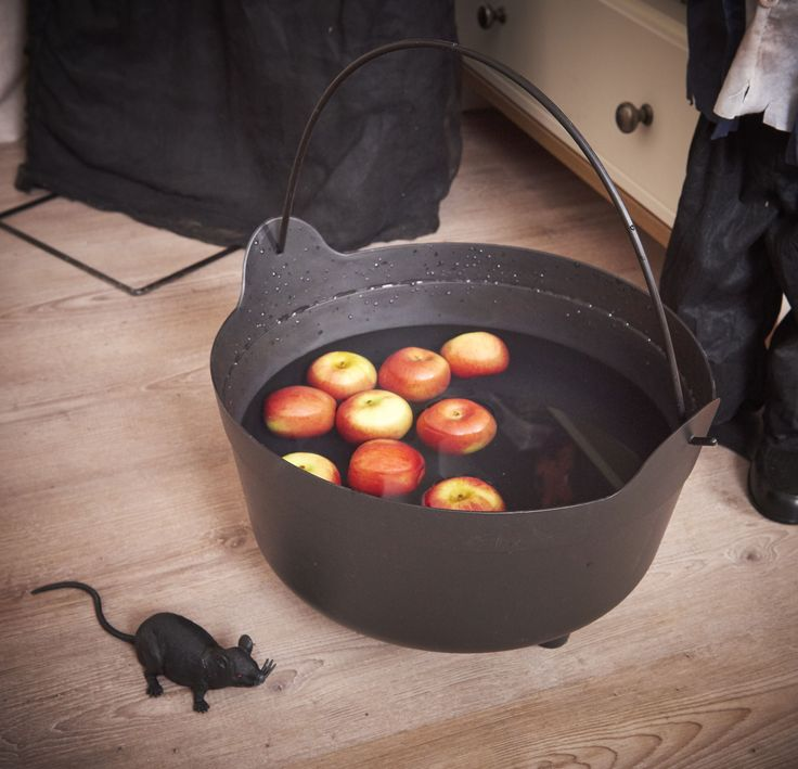 everyone loves a bit of pick up a spooky cauldron from wilko and create your own