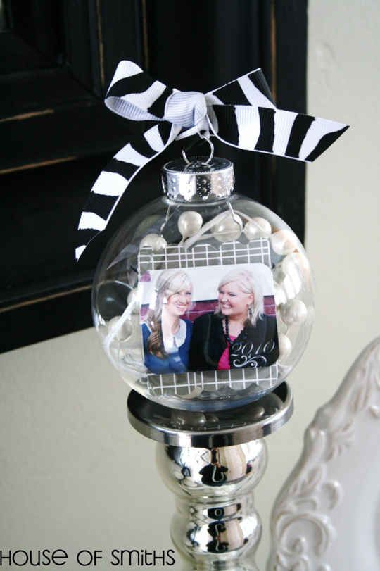 Photo Ornament | 39 Ways To Decorate A Glass Ornament